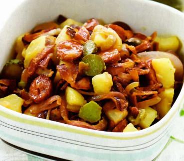 картофельный салат с копченостями